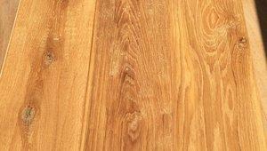 Aanbiedingen houten visgraat laminaat en kurk vloeren